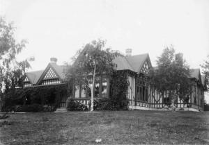Facade Pre 1912