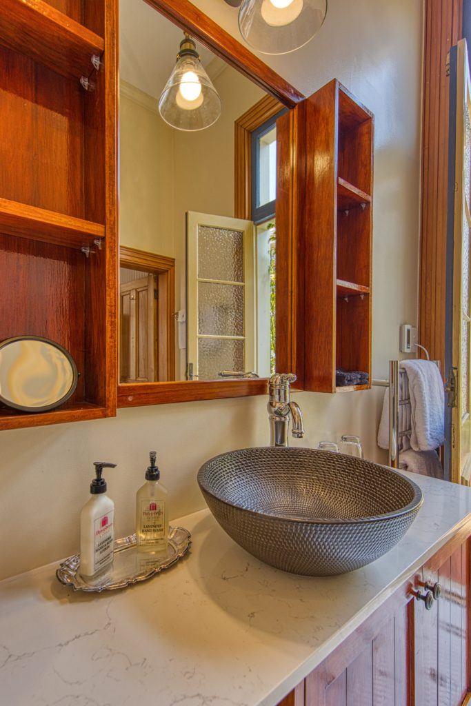 Elizabeth Room Vanity
